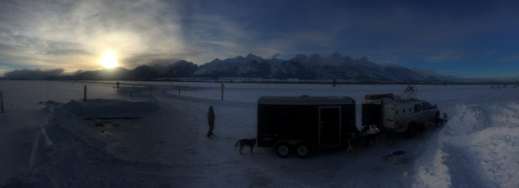 2016 Eukanuba Stage Stop - dropping dogs in front of the Grand Tetons